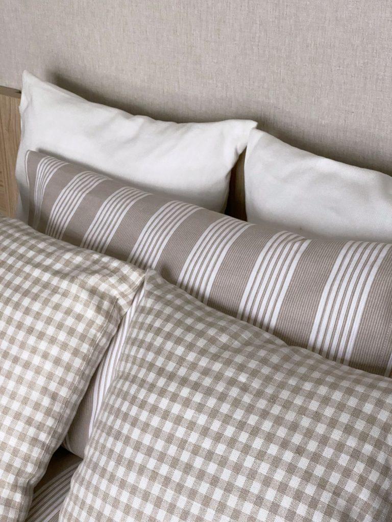Dormitorios GAZTEA - Dormitorio Beige, detalle ropa de cama