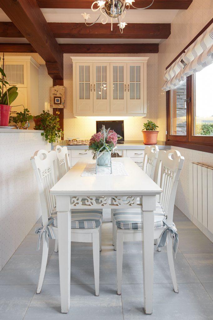 Mesa comedor cocina Casa Tximeleta