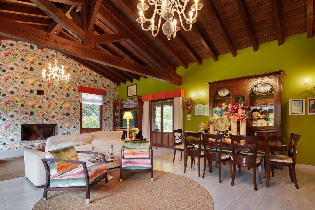 Vista salón-comedor Casa Tximeleta