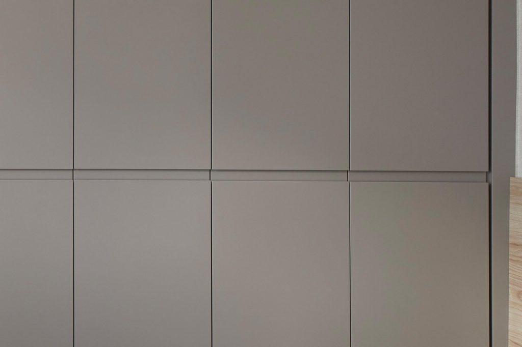 Dormitorios GAZTEA - Dormitorio Beige, detalle tirador horizontal