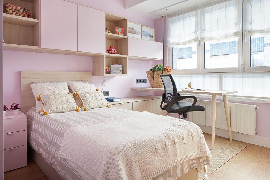 Dormitorio juvenil rosa de Casa Rainbow