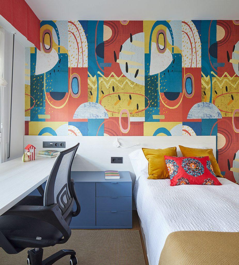 Dormitorio juvenil colores vivos de Casa Rainbow