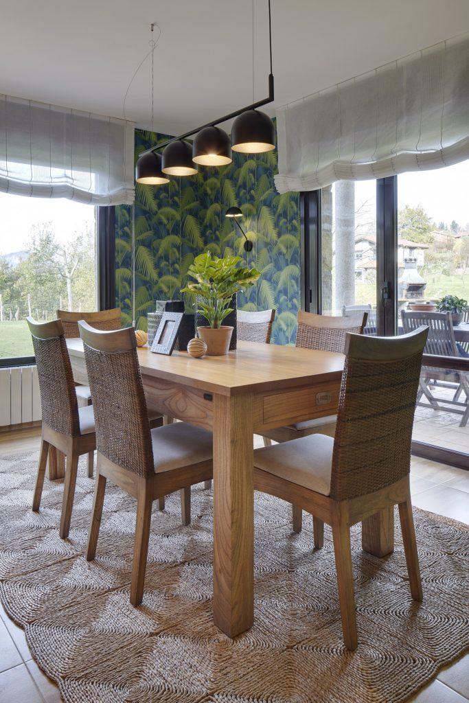 Mesa de comedor del proyecto Casa SUE