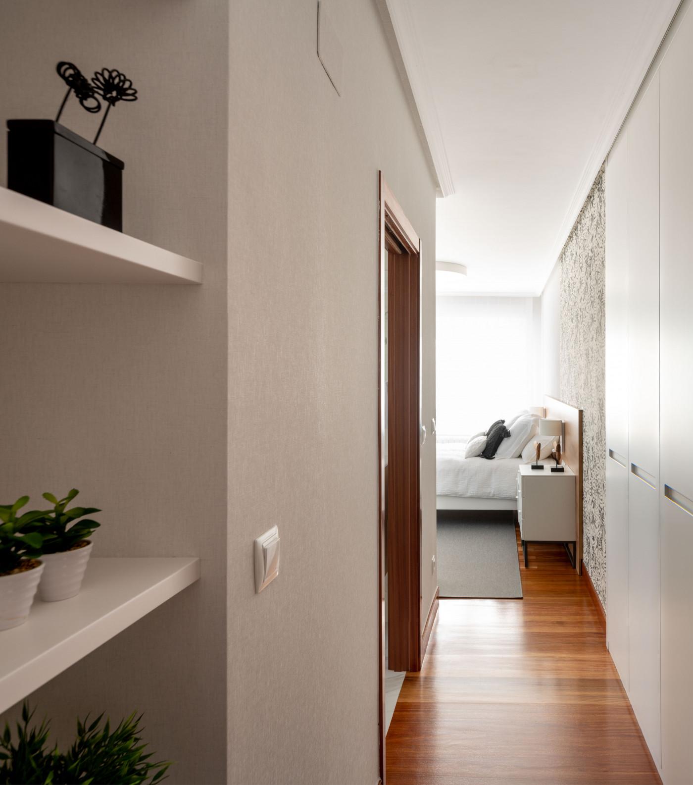 Acceso al dormitorio principal de Casa LUR.