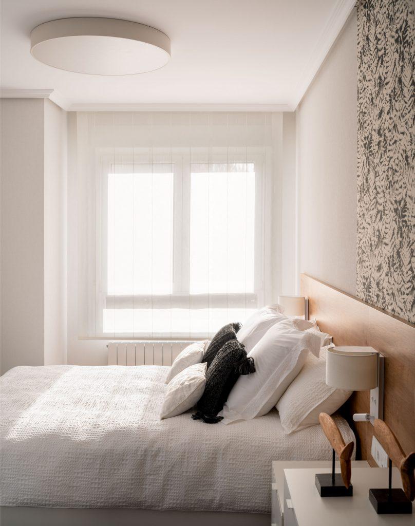 Dormitorio principal del proyecto de reforma Casa LUR.