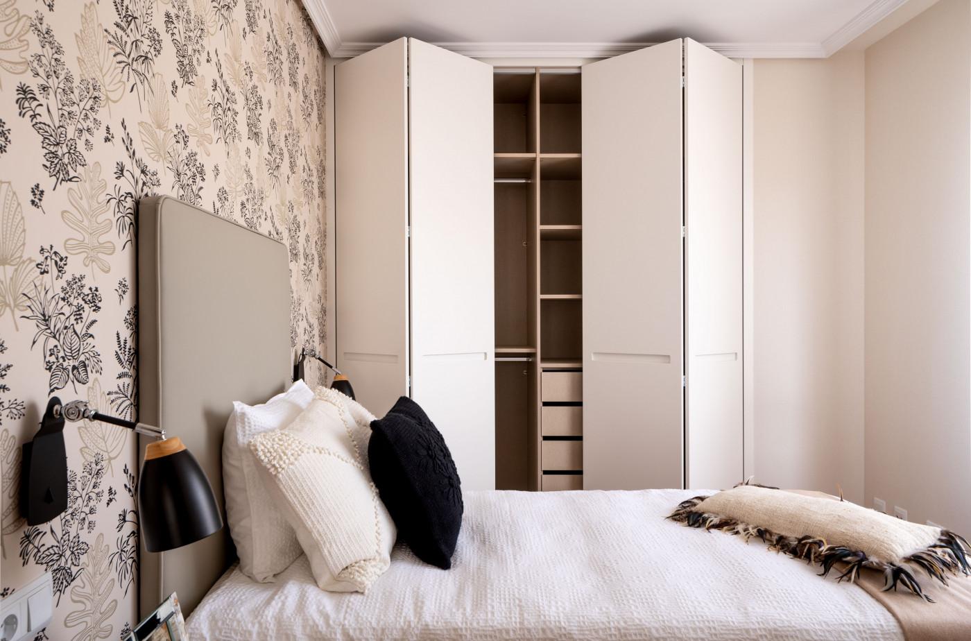 Almacenaje del dormitorio adaptado de Casa LUR.