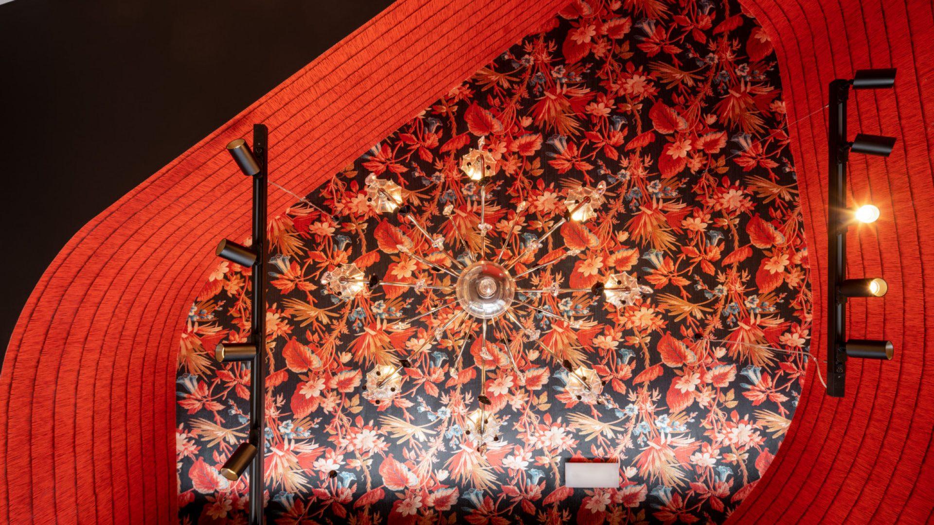 Detalle lámpara local comercial Las Carolas en Bilbao